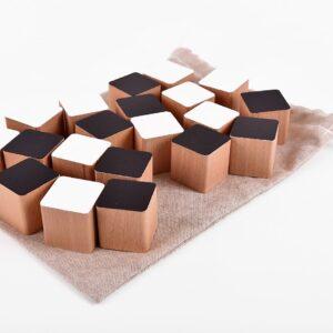 Dřevěné kostky černo-bílé 20 kusů včetně látkového pytlíku
