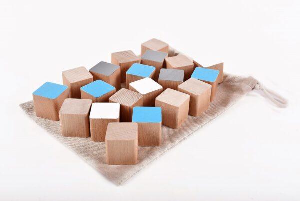 Dřevěné kostky tyrkysové 20 kusů včetně látkového pytlíku