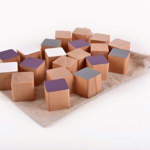 Dřevěné kostky fialové 20 kusů včetně látkového pytlíku