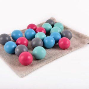 Dřevěné koule barevné 20 kusů včetně látkového pytlíku
