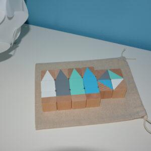 Dřevěné teepee kostky 16 kusů včetně látkového pytlíku