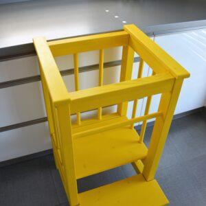 Učící věž žlutá