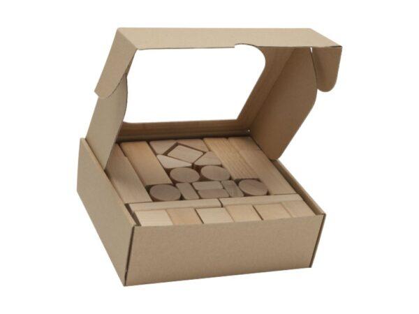 Dřevěná stavebnice přírodní 50 kusů. Výrobek je dodáván v kartonové krabičce, stačí jen zabalit a darovat. Balení obsahuje: 50 ks bukových kostek